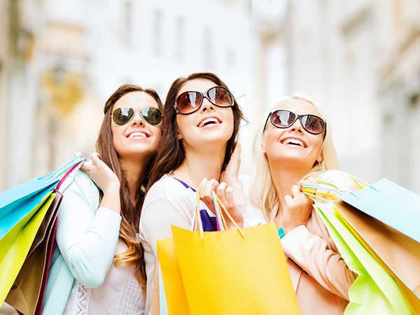 Mơ đi mua sắm đánh con gì dễ trúng, điềm dữ hay lành?